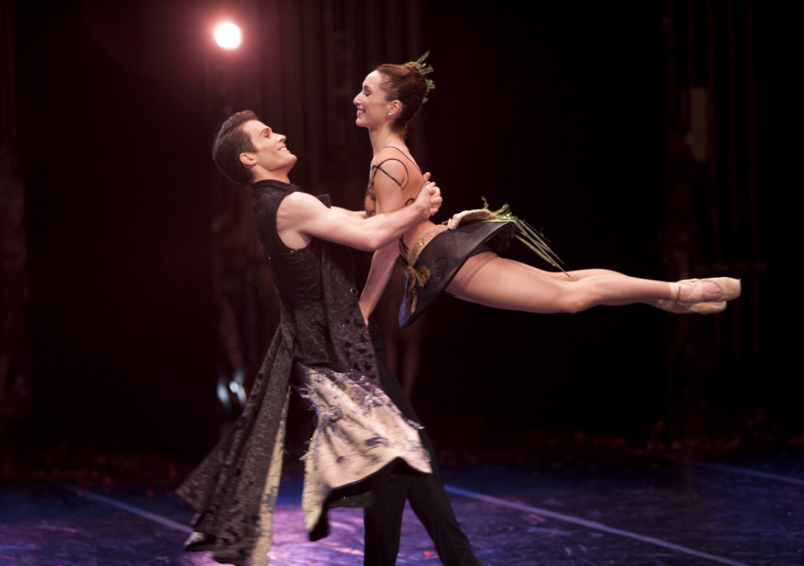 """""""The Seasons."""" Photo by Angela Sterling; choreography by Val Caniparoli, 2009."""