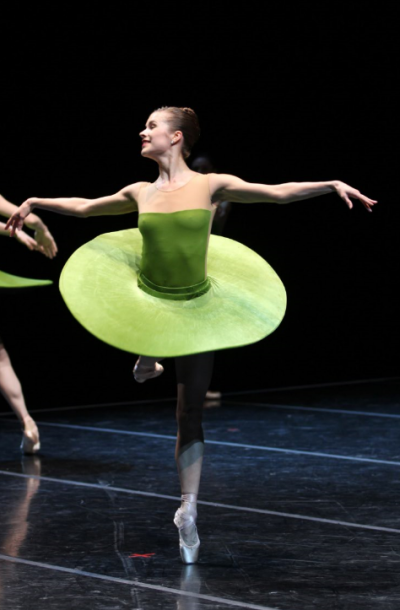 """Carli Samuelson in """"The Vertiginous Thrill of Exactitude."""" Photo by Angela Sterling; choreography by William Forsythe."""