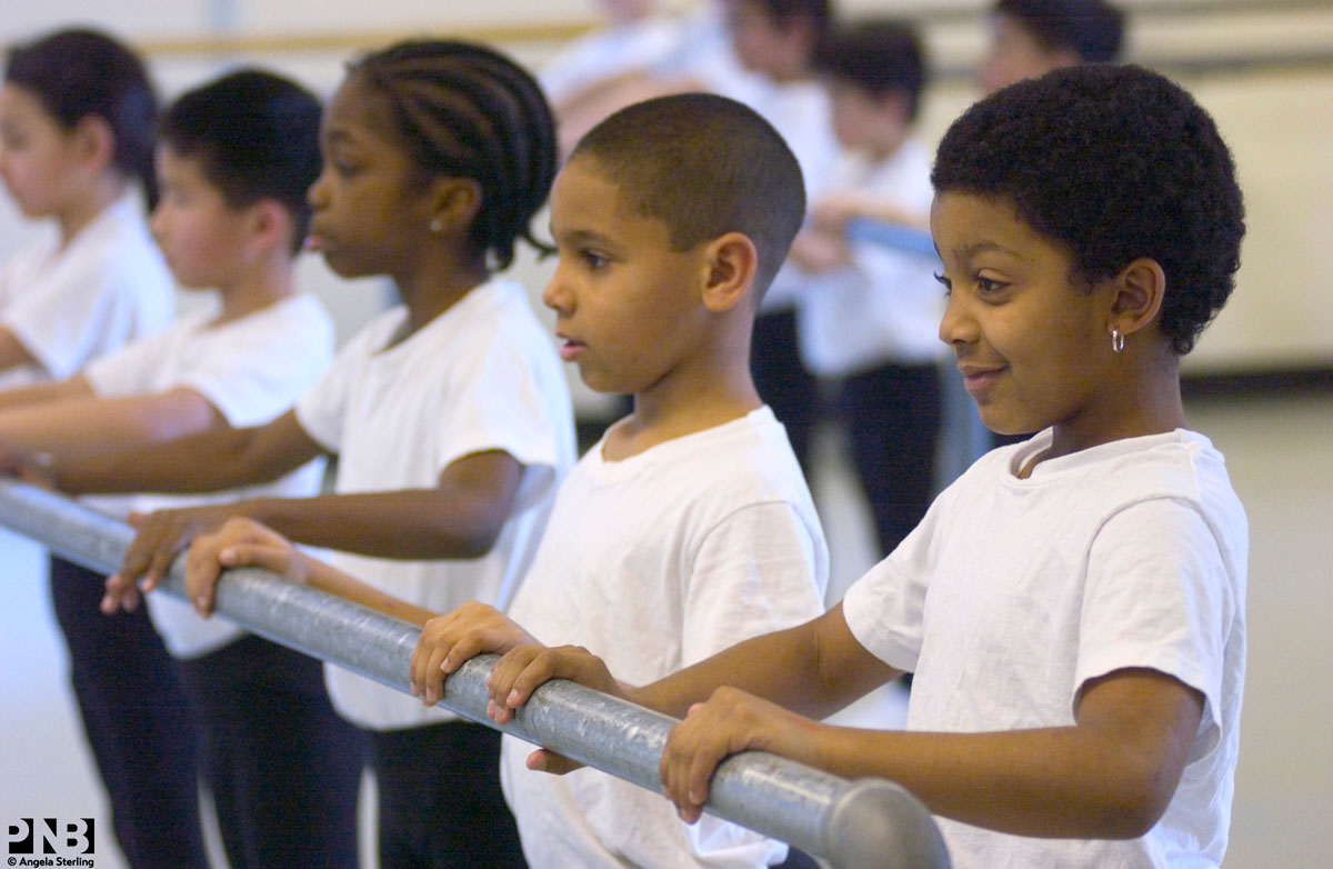 DChance-Boys-at-the-barre-002