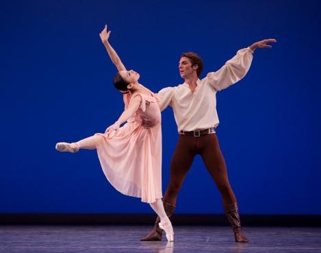 Kaori Nakamura & Lucien Postlewaite © Angela Sterling